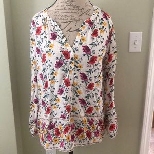 NWT Old Navy Floral Blouse